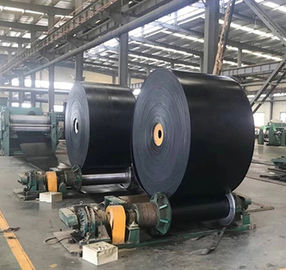 China Industrial Fire Resistant Conveyor Belt , Black Color Reinforced Rubber Belting supplier