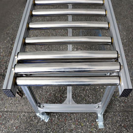 Stainless Steel Powered Lineshaft Roller Conveyor High Efficiency For Transportation